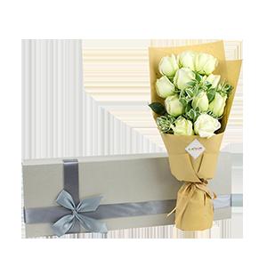 鲜花/真爱如初:11枝玫瑰 花 语:爱你如初,相伴到永远