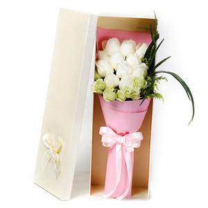 鲜花/甜蜜时光: 11枝白玫瑰  [包 装]:高档礼盒包装,赠