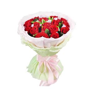 鲜花/浪漫生日:19枝红玫瑰,勿忘我间插。 包 装:高档粉色卷边纸