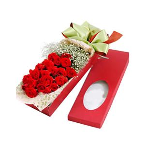 鲜花/尽在不言中: 24枝靓丽红玫瑰  [包 装]:淡色皱纹纸西