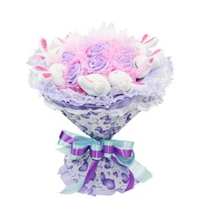 卡通花束/至少還有你(卡通花束): 8只可愛LOVE兔,11朵紫色仿真花  [包