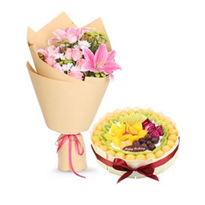 浪漫组合/花样幸福: 6枝粉玫瑰,1枝多头香水百合,搭配欧式水果蛋糕