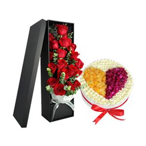 浪漫组合/浪漫情人节: 19枝精品玫瑰,浪漫设计心心相印水果蛋糕