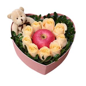 鲜花/真心喜欢你: 9枝香槟玫瑰、1个苹果、1只小熊  [包 装