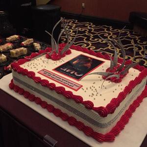 蛋糕/数码庆典蛋糕:可食用糯米纸,鲜奶大气造型 祝 愿:再接再厉,再创