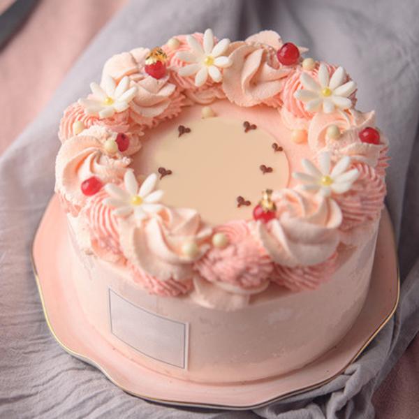 蛋糕/守护甜心:新鲜淡奶油+浪漫裱花+水果夹层 祝 愿:愿一生守护