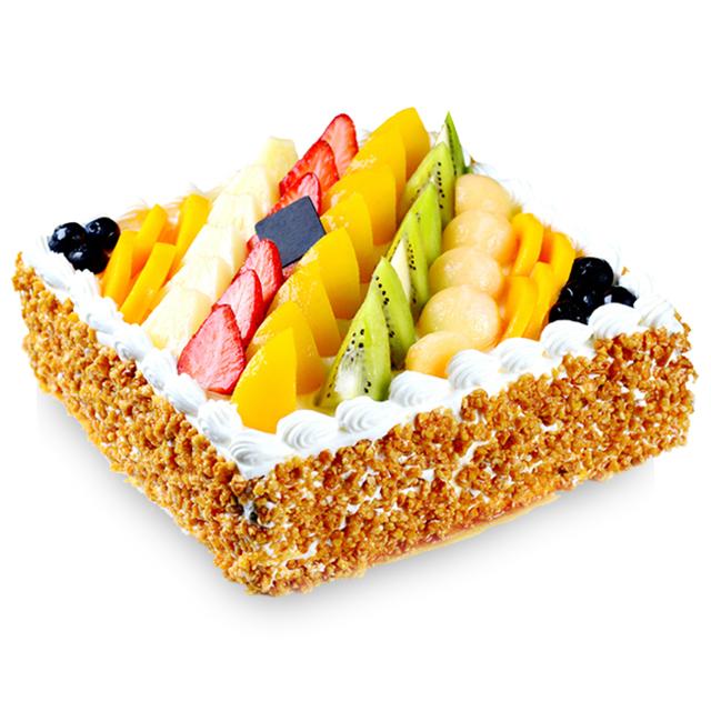 蛋糕/七彩果园: 方形水果蛋糕,新鲜奶油、果肉铺面,水果夹层蛋糕