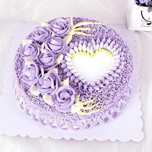 蛋糕/布达佩斯之恋:鲜奶鸡蛋胚+新鲜奶油裱花+水果夹层 祝 愿:爱你的