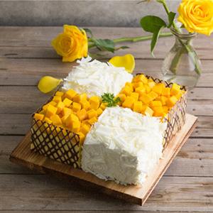 蛋糕/幸福味道:四格慕斯搭配新鮮芒果 祝 愿:風雨同舟,品味幸福味