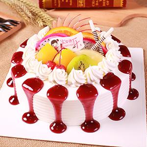 蛋糕/微微一笑:原材料:新鲜奶油,绵密的新鲜当季的时令水果 蛋糕说:不约同