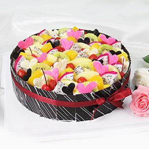 蛋糕/繽紛盛果:原材料:圓形歐式水果蛋糕,各色水果飽滿裝飾,純手工巧克力片圍