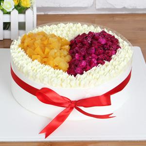蛋糕/愿得一人心:原材料:時令水果  奶油 蛋糕說:一生只為你心動回旋,真愛