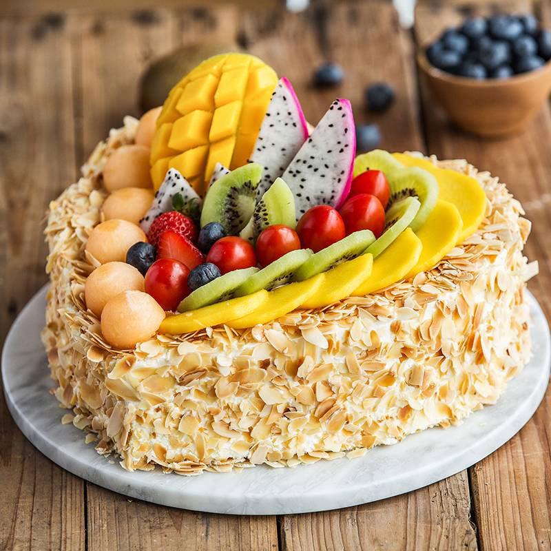 蛋糕/相愛一生:原材料: 蛋糕說:思念是一種美麗的孤獨。也只有在想念的時候