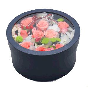 鲜花/小巧玲珑:粉玫瑰 时令配花 花 语:我在春天等你,山川岁月的