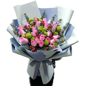 鲜花/爱意满满:19朵粉玫瑰+ 优质配材 花 语:可遇不可求,相遇