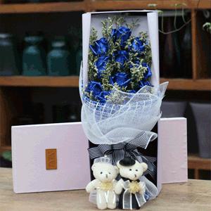 鮮花/歲月流年:11枝藍色妖姬精美禮盒 花 語:這句情話很長,要用