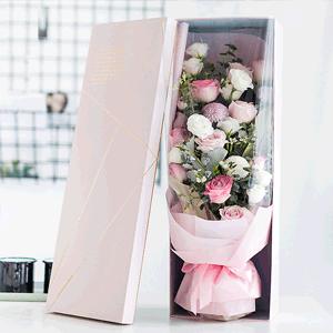 鮮花/遇見你:19枝白玫瑰 粉玫瑰混搭 時令配草 花 語:溫柔如