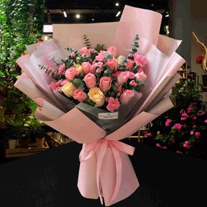 鮮花/甜蜜戀愛:21枝粉玫瑰 香檳玫瑰 配材:粉多丁 尤加利葉 米蘭