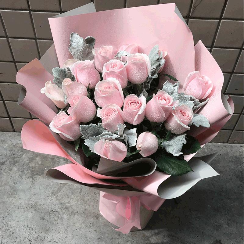 鲜花/赏心悦目:21枝粉玫瑰 高级配草 花 语:清新粉嫩少女