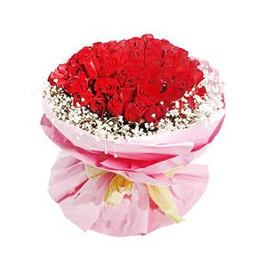 鲜花/情有独钟:红玫瑰99枝 包 装:粉手揉纸,黄色宽纸带法国结